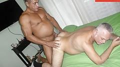 Muscle Daddy Barebacking