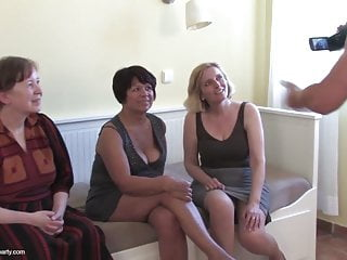 Mature mothers and grannies fucked by young boys