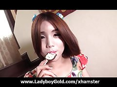 18 Yo China Ladyboy Sweet Blowjob