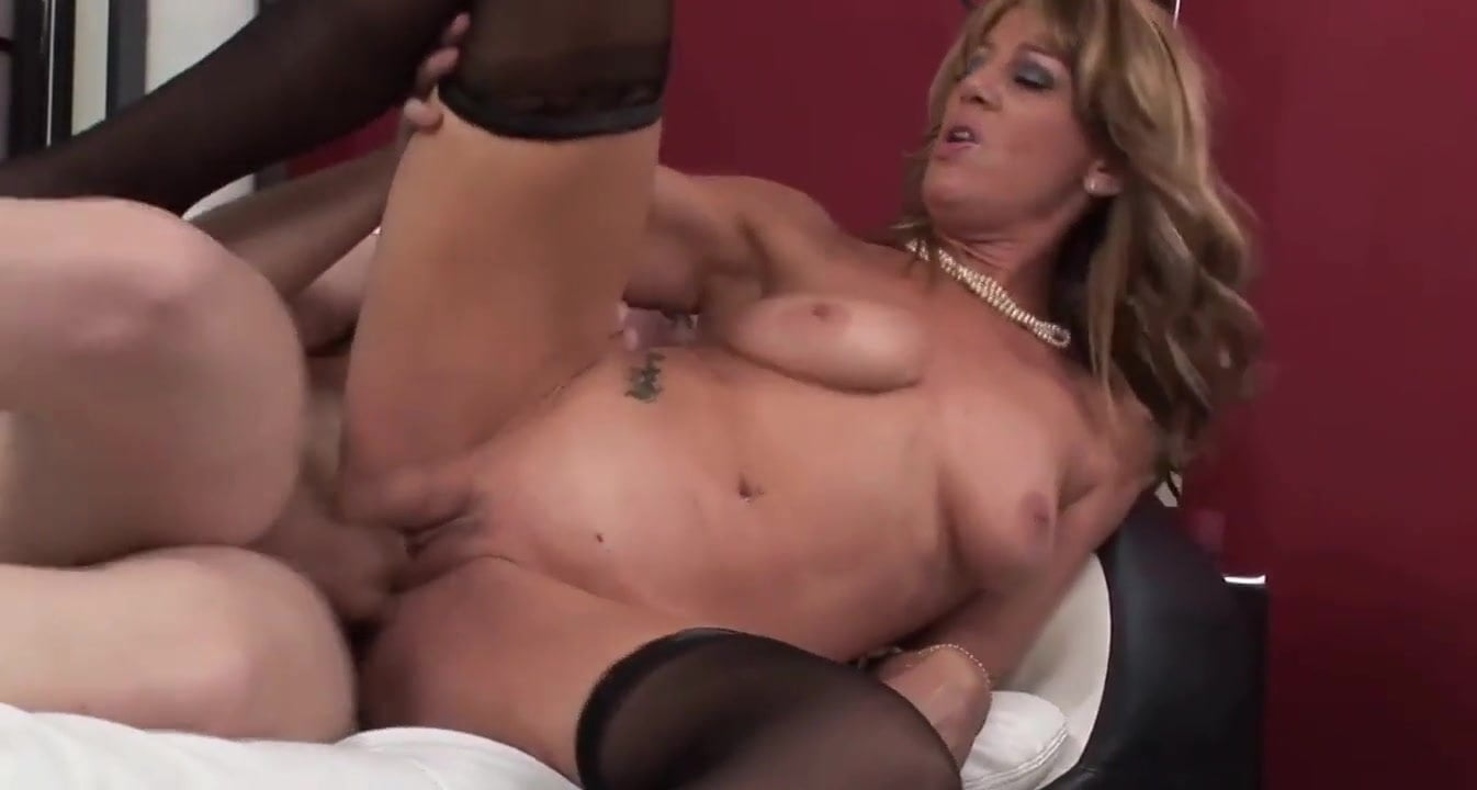 Facial For Really Sexy Mature Lady In Stockings Hd Porn Ed-9275