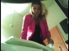 hidden cam - cute girl in toilet