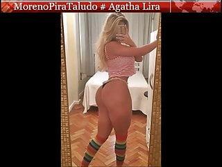 Preview 1 of Agatha Lira Chupando o Amigo de Infancia
