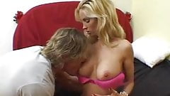 Super Hot MILF Diamond Foxxx 5
