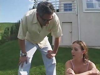 Razz- il patrigno gioca con la figlia