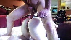 Cuming on ass