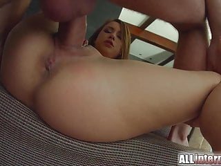 Allinternal rough sex results in messy creampie