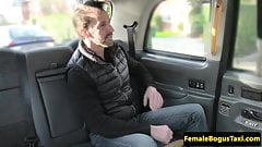 Female taxidriver facialized after fucking