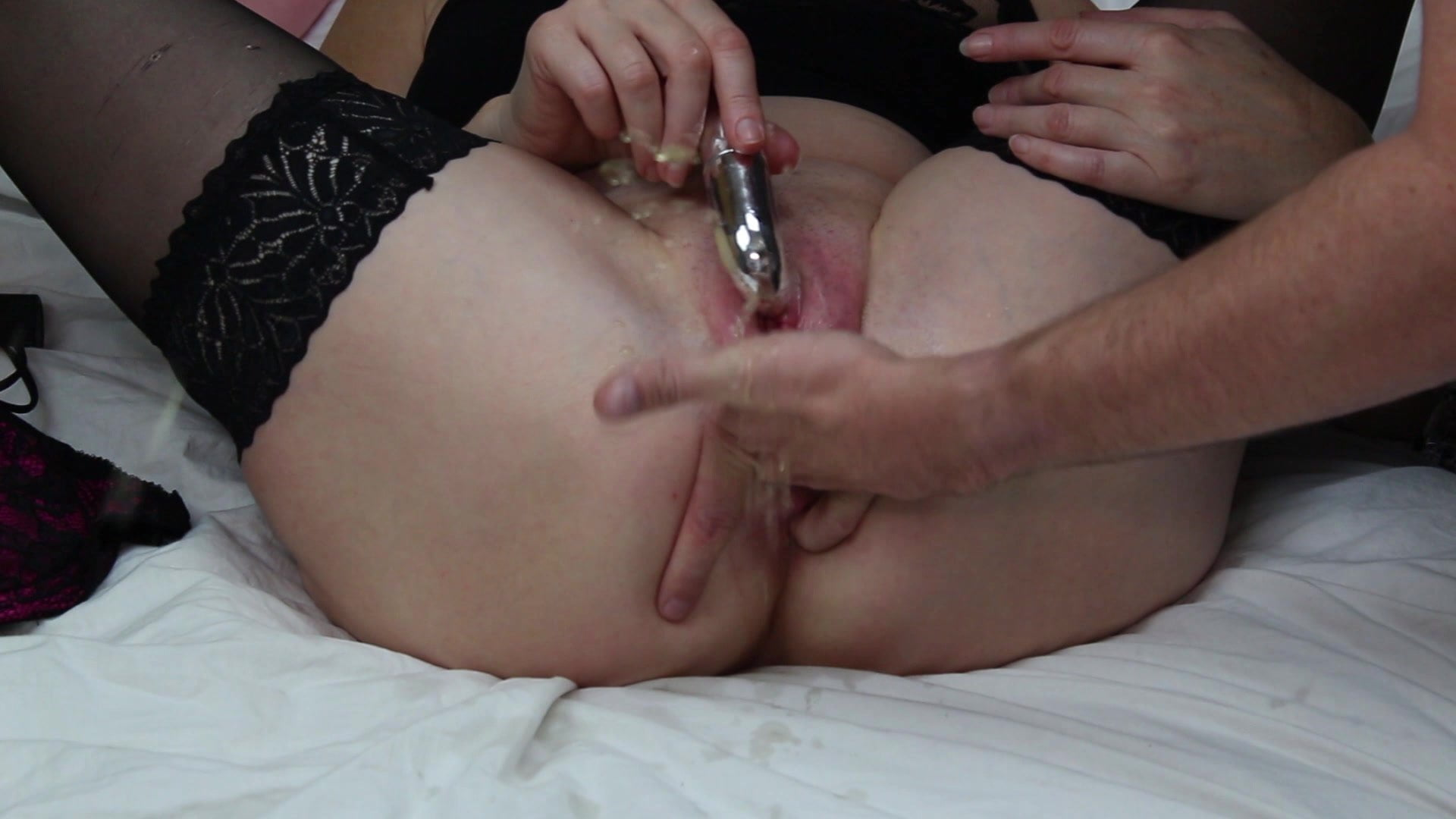 Frilly Jilly Mature Milf Monday Masturbation & Squrit
