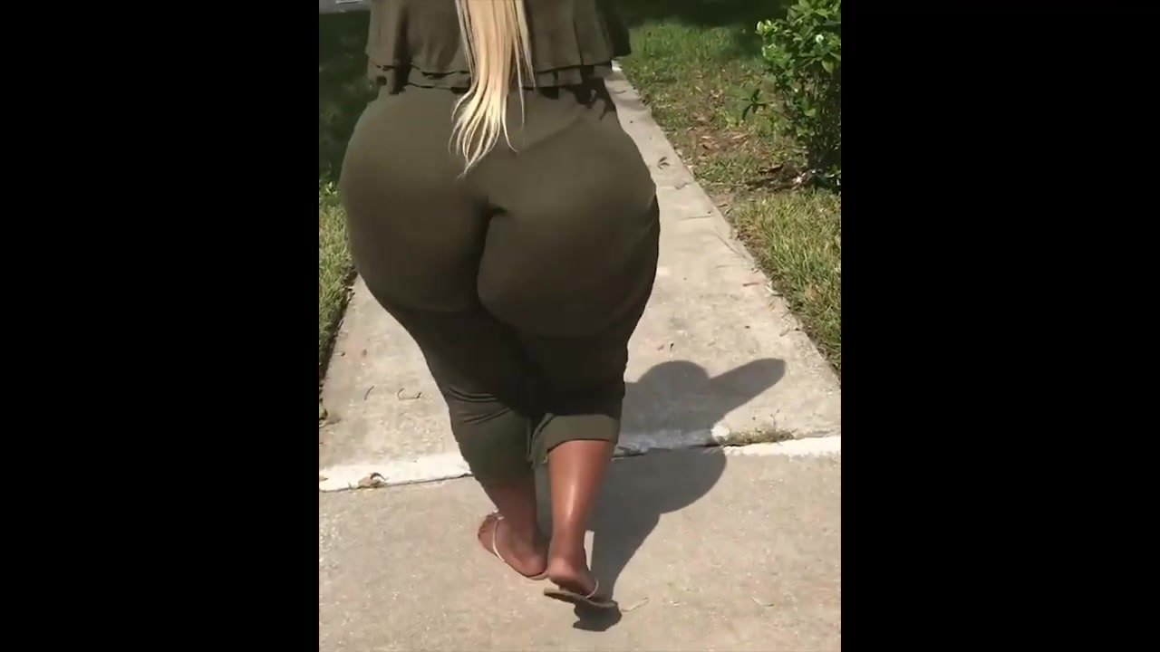 Huge fake booty porn