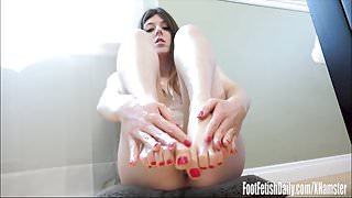 Cassidy Bliss Feet Pampering