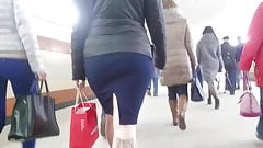 Small sexy round ass