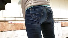 Nice girl's ass in tight jeans