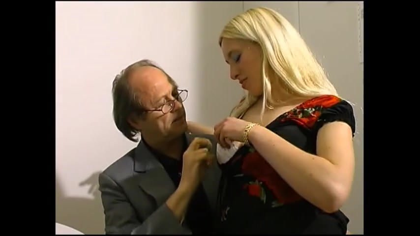 Free download & watch with the boss at the office         porn movies