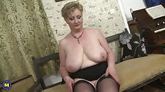 Big BUSTY mature mom with thirsty pussy