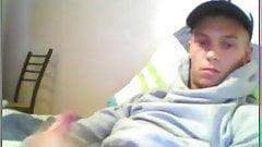Straight Dude Cums on Webcam