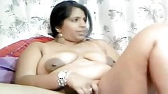 Indian Webcam Girl Playing With Her Pussy