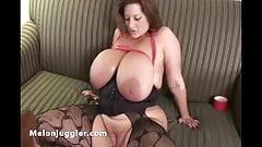 Sapphire machine fucks Maria Moore
