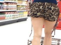 Latina Jiggly Butt in Leopard Shorts