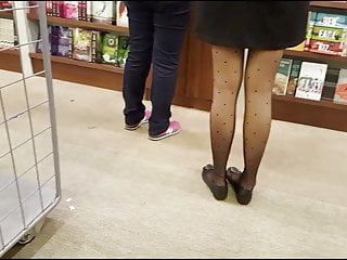 Download video bokep Shopper in patterned black pantyhose with flats Mp4 terbaru
