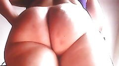 Sexy Mom with big ass! Amateur hidden cam!