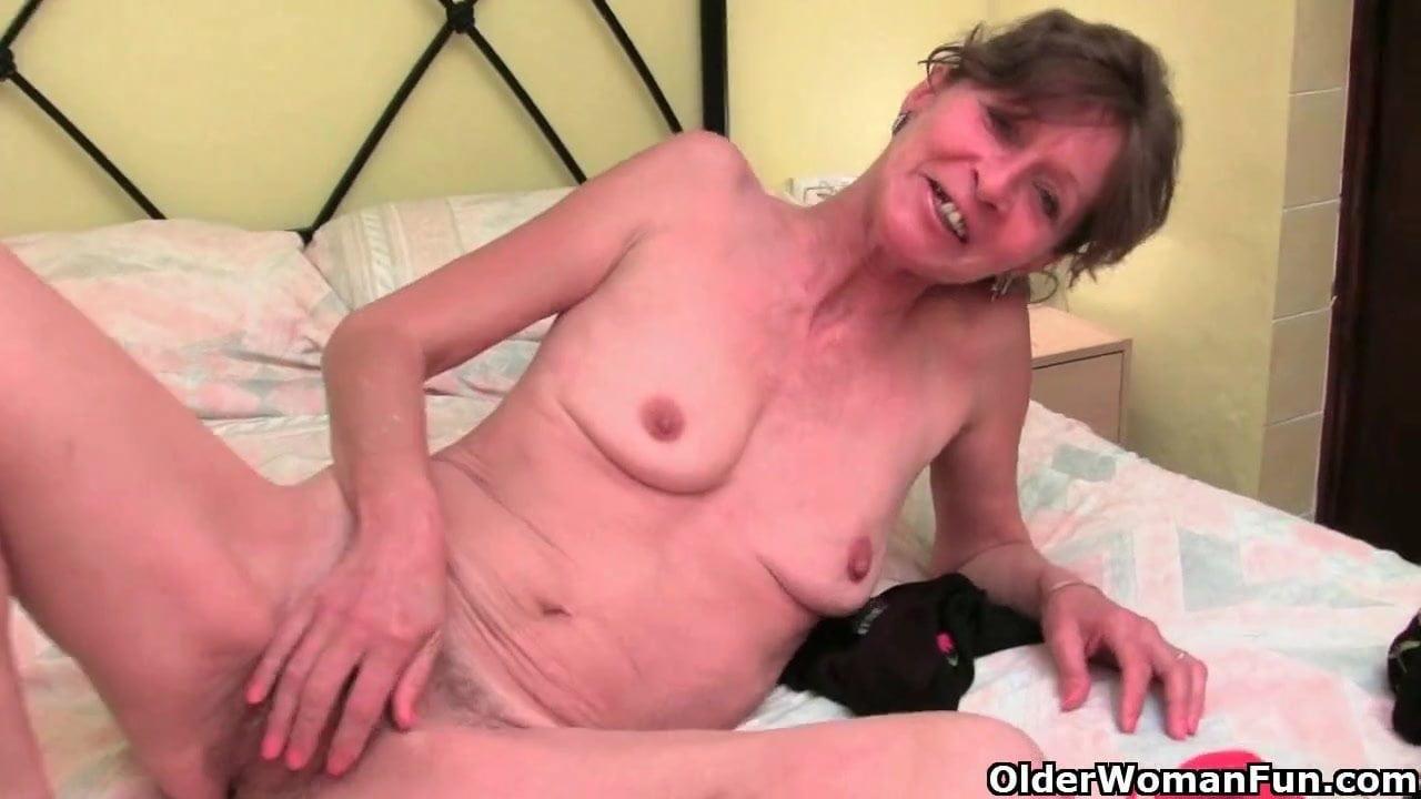 British Babica Z Hairy Pussy Potrebna Orgazem porno 23 Nl-4931