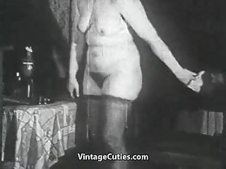 Preview 2 of Fat Hooker Fucked by a Thief (1950s Vintage)