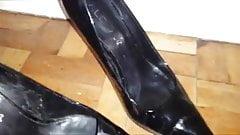 Fuck and cum married slut's heels