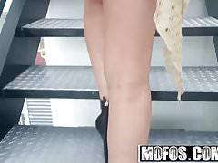 Mofos - Drone Hunter - Rachel Richey - Brunette Bangs the Dr