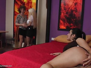 Mature mothers fuck young daughters
