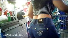 morena gostosa no caixa (big ass brunette) 167