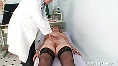 Redhead granny dirty pussy stretching in gyn clinic's Thumb