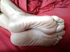 Her gorgeous soles 3's Thumb