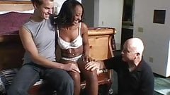 Ebony chick banged up her ass