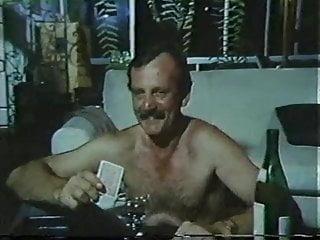 Download video bokep Orgia Familiar (1986) - Dir: Alfredo Sternheim Mp4 terbaru