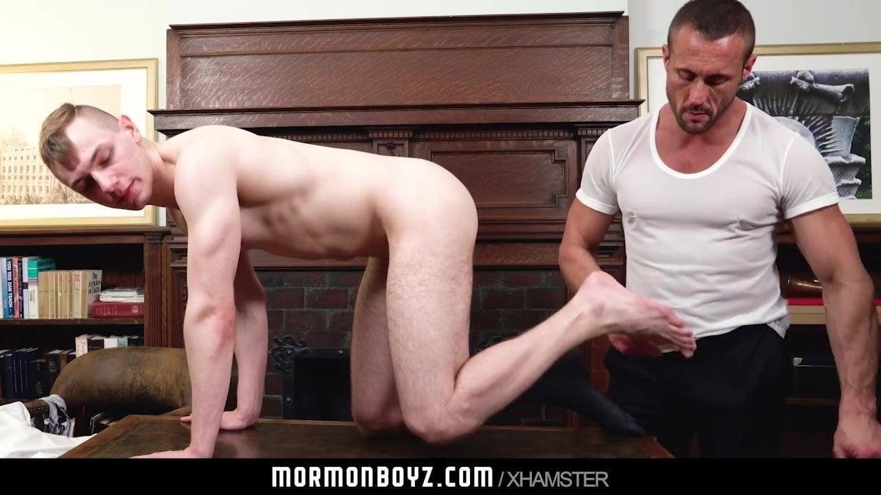Mormonboyz Daddy Fucks Twink Bareback In Office