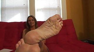 Julia displaying soles.
