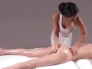 Download video bokep Awesome finger play with Lesbian Massage Mp4 terbaru