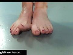 Busty Blonde Maggie Green & UK Samantha Bentley Share A Dick