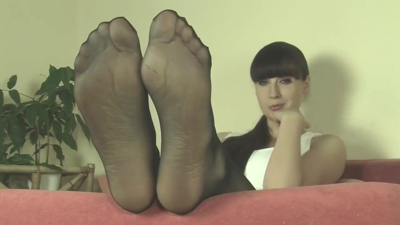 Indian Mistress Feet Worship
