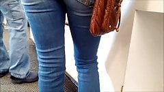 Great Ass in Tight Jeans 2