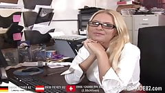 Office Girl blow the cock from her Boss