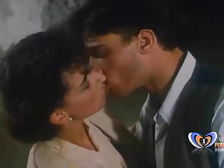 Una Famiglia per Pene (1996)Vintage Porn Movie