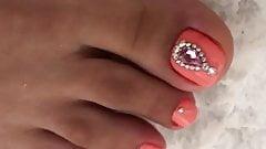 Sexy feet and heels 3