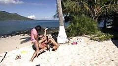 Two Girls fuck at Caribian Beach