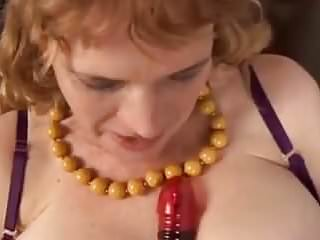 chubby oldloves to fuck her fat juicy pussy
