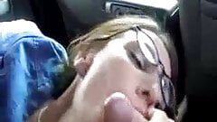 Mutual masturbation in the car with facial