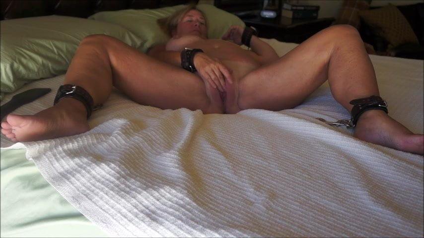 Gemischtrassiger Muschisaft Sexspielzeuge Orgasmus