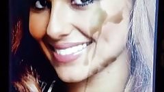 Cheryl Cole cum tribute facial