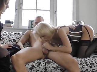 Preview 2 of Er fickt seine Freundin und deren notgeile Oma