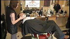 Lady Barber Face shaving